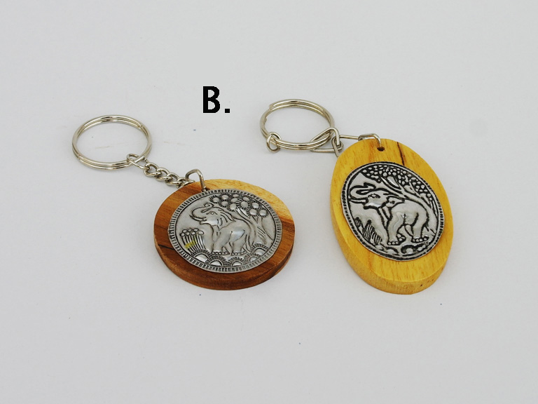 Kulcstartó fa veretes (B) - ovál, kerek